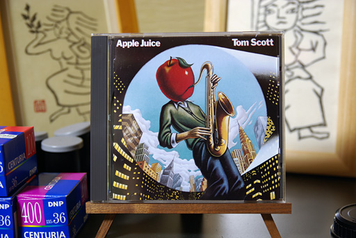 Tom Scott 「Apple Juice」