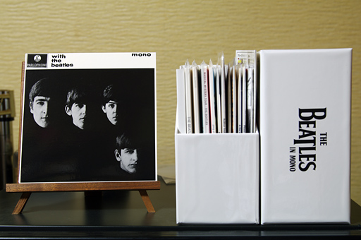 「THE BEATLES IN MONO」